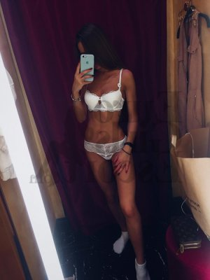 Marie-elvire escort & happy ending massage