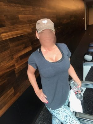 Shanika nuru massage in Jackson
