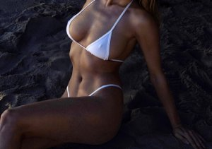 Pasqualine escort girls in Corinth and happy ending massage