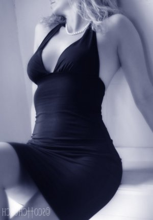 Malissia erotic massage, escort girl
