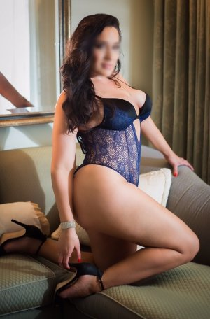 Deborrah live escort & erotic massage