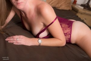 Haoua nuru massage & escort girls