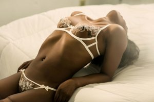 Kaja escort girl in Miramar FL and nuru massage